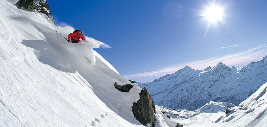 italy_gressoney_skier.jpg